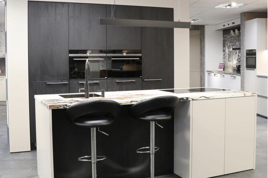 Moderne keuken met eiland, Quooker en BORA PURE