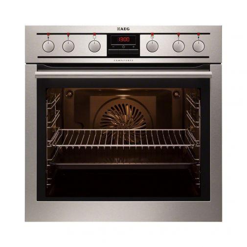 AEG EE3003011M inbouwoven te gebruiken in combinatie met HE604000XB keramische kookplaat