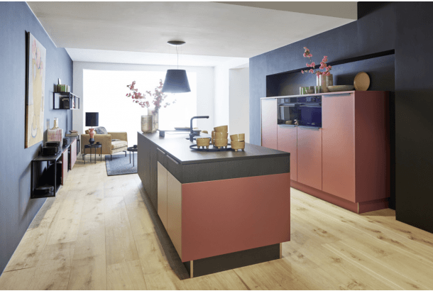 Moderne keuken met eiland Nolte henna rood