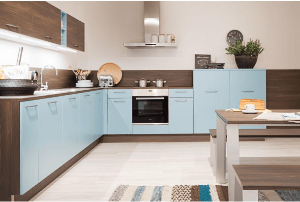 Moderne keuken hoekopstelling Nolte Manhatten Uni in pastelblauw