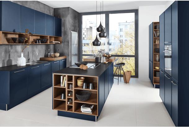 Moderne keuken met eiland Nolte Carisma Lack donkerblauw