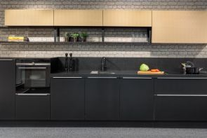 Industriële keuken Nolte Soft Lak met Quooker zwart